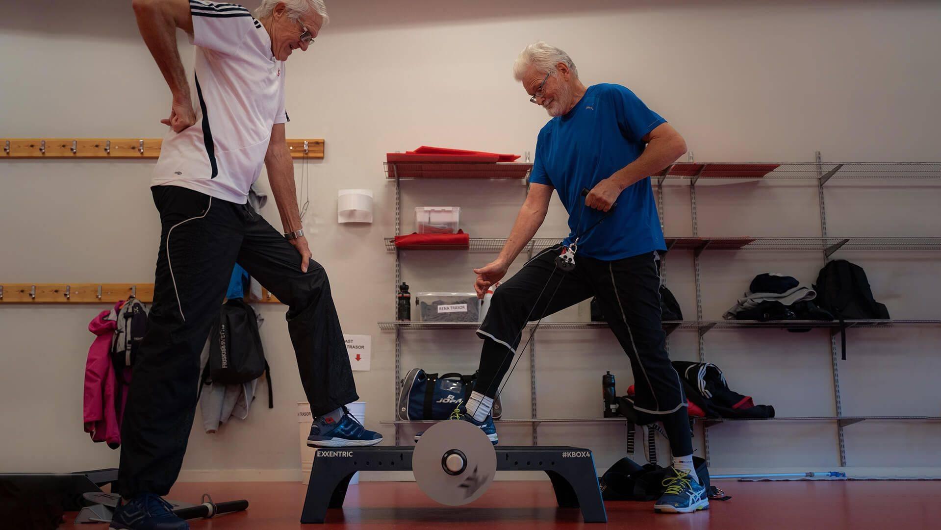 Exxentric Flywheel Training fo seniors