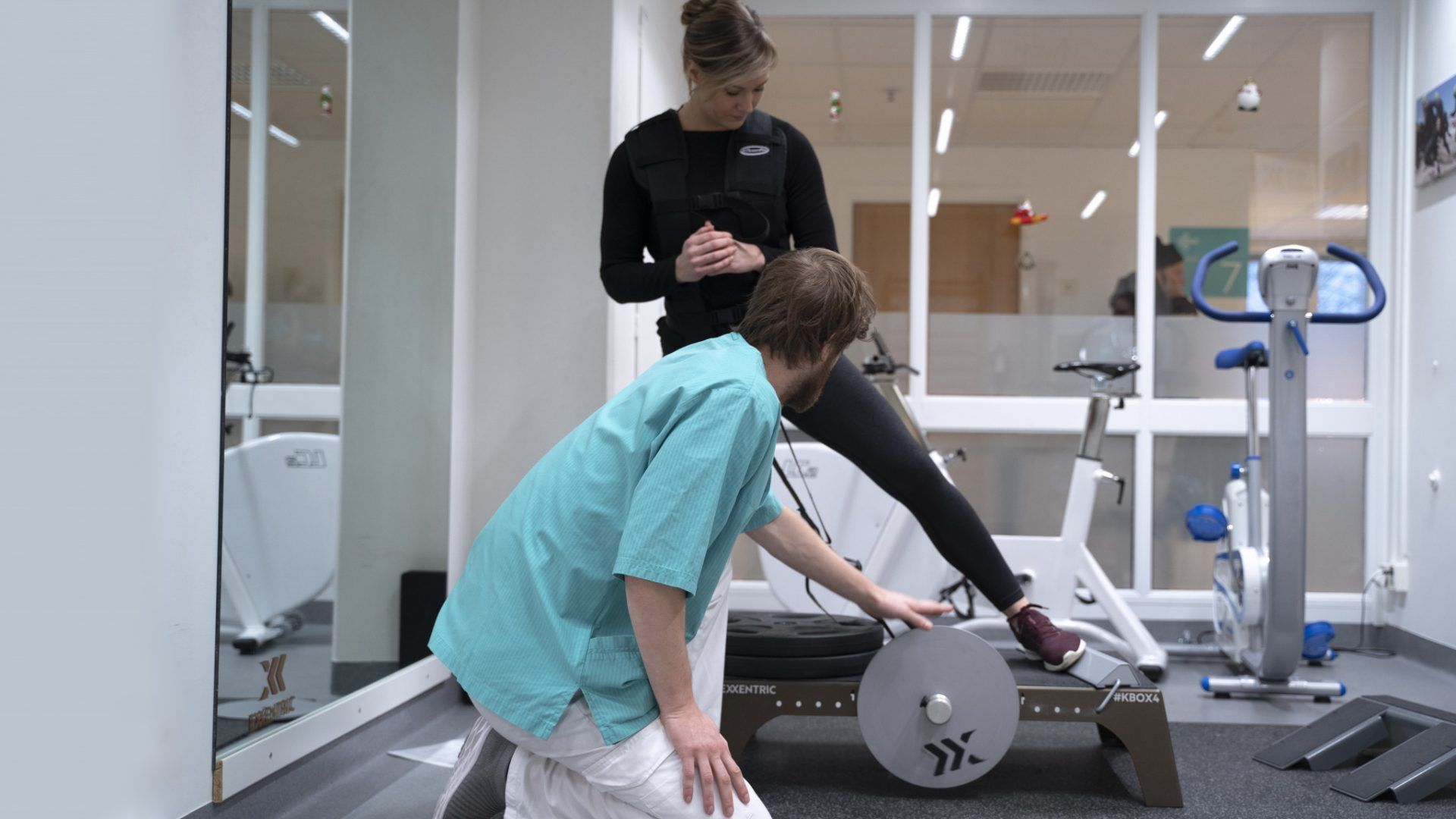 ACL Rehabilitation with kBox4 Pro and Flywheel Training